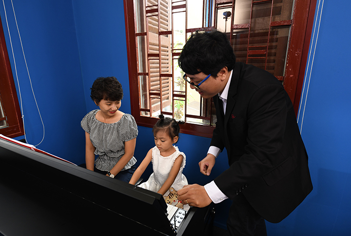 Piano Class For Young Children
